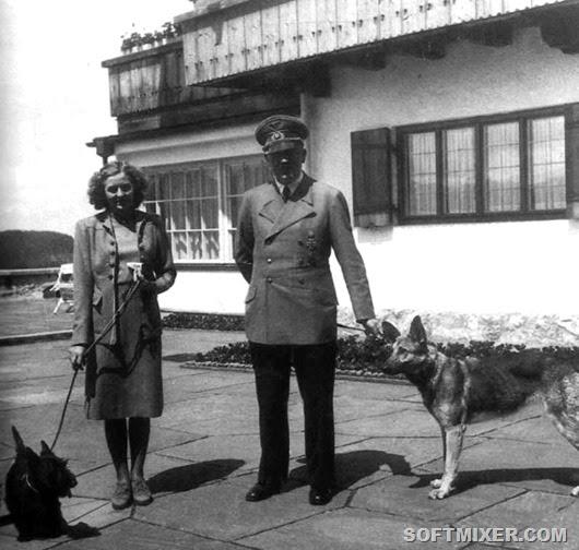 1940_Negus_Eva_Hitler_Blondie_Berghof-570x542