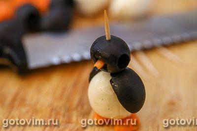Пингвины из маслин и моцареллы, Шаг 07