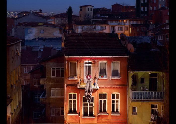Городское одиночество: фотопроект Floriane de Lassee