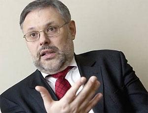 Михаил Хазин: Девальвация рубля – провокация против Путина