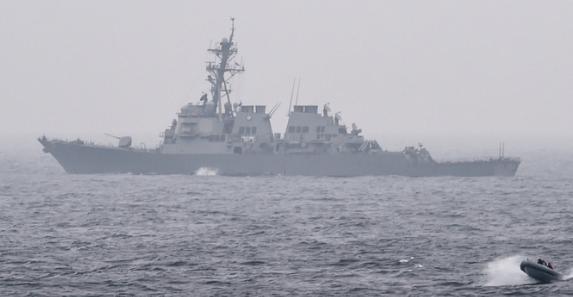 """Многострадальный эсминец США """"Портер"""" снова вошёл в Чёрное море, где его уже пугали Су-24"""