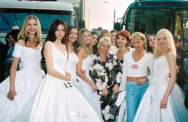 "Конкурс ""Мисс Москва"" 1999 года. (28 фото): http://dletopic.ru/blog/43321694075/Konkurs-Miss-Moskva-1999-goda.-(28-foto)"