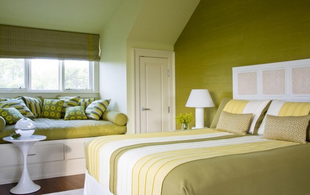 Цветовая гамма в интерьере спальни фото