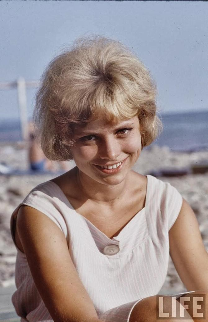 Советская молодежь 60-х на пляже: фотографии Билла Эпприджа