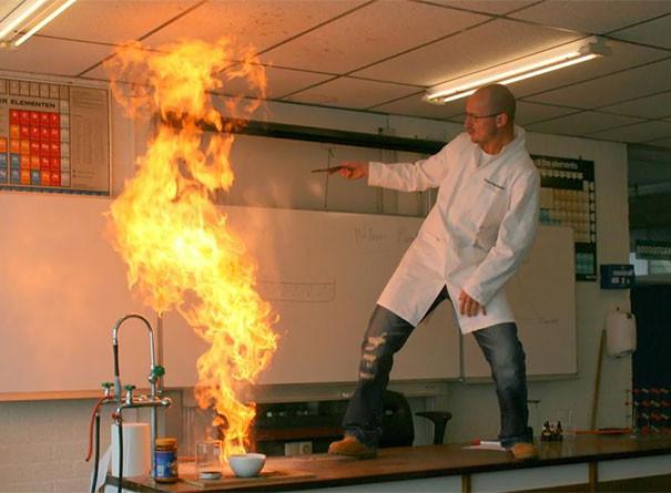 14. Учитель увлекся химией подборка, учитель, юмор
