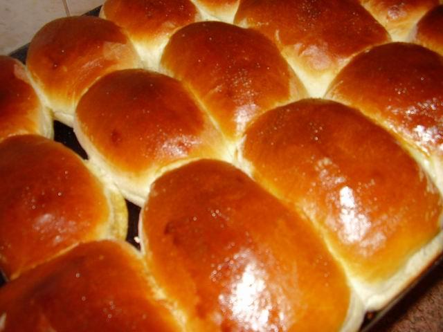 Мягкие дрожжевые пирожки в духовке