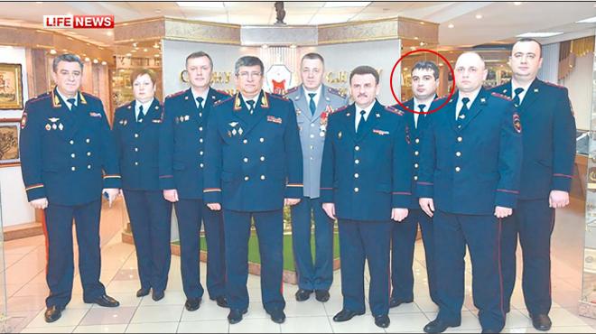 Замначальник УСБ полиции метро Москвы задержан за взятку