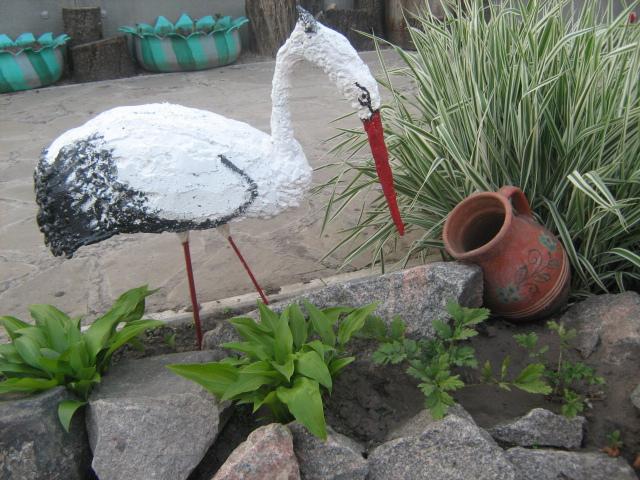Фото поделки из монтажной пены для сада и огорода своими руками фото