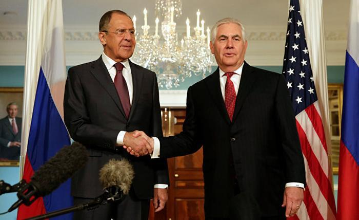 """Запад ждет от Путина """"самоуб…"""