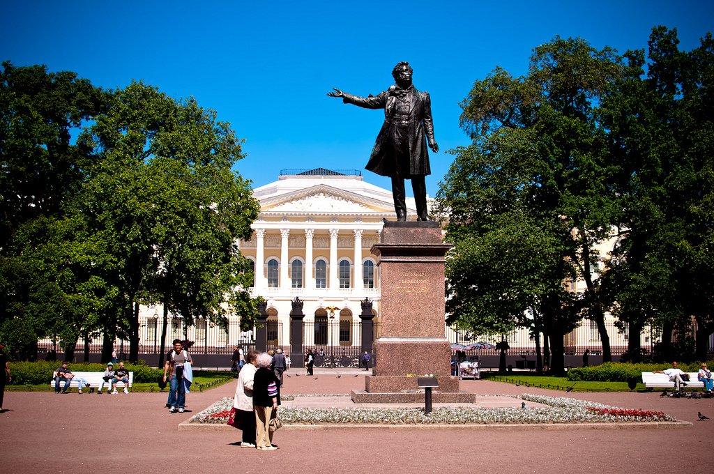 Француз Лео о жизни в РФ: быть хулиганом и совершать ошибки – весело