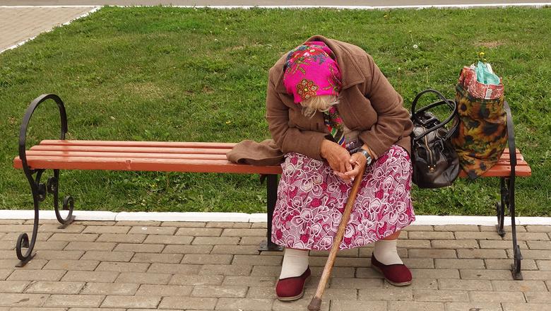 """Вопрос дня: каков реальный """"срок дожития"""" в России?"""