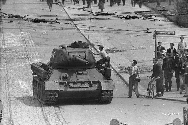 Восстание в ГДР против СССР:…