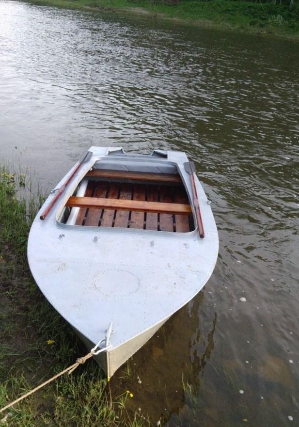 продам лодку мкм днепропетровск