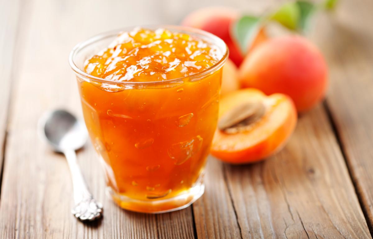 Яркое и вкусное варенье из абрикосов: простой рецепт с добавлением пряностей из кулинарного блокнота моей мамы