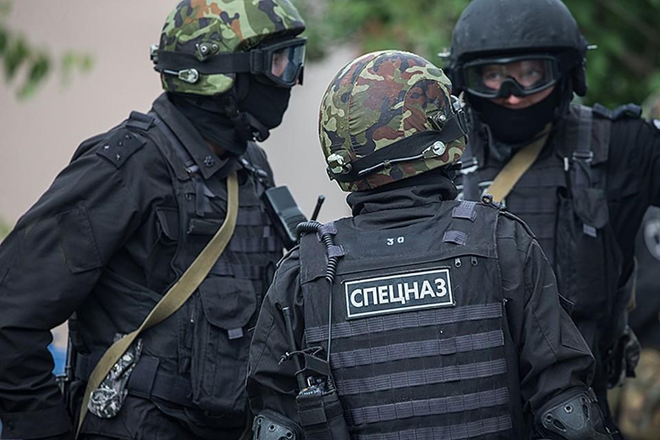 ФСБ провело обыски по делу о госизмене: В предательстве подозревают людей, занимавшихся новым супероружием