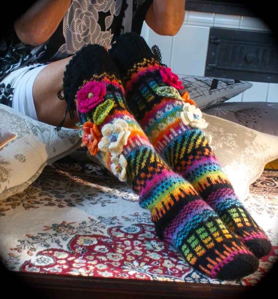 Невероятной красоты носочки …