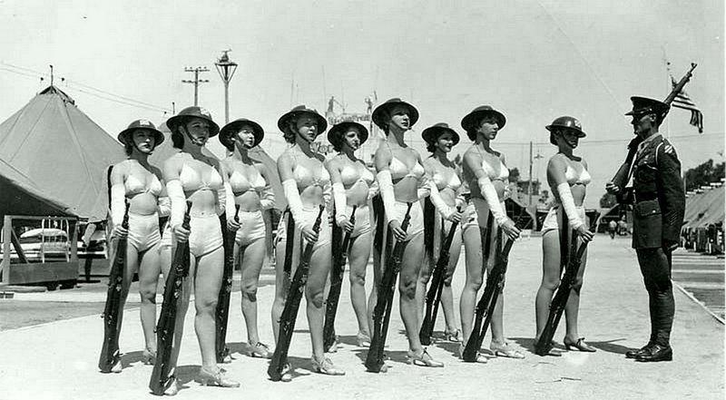 Фото Обнаженных Женщин Во Время Войны