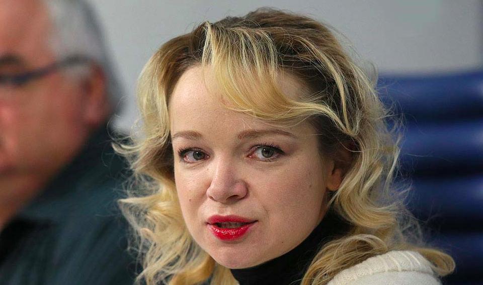 Обезумевшая Цымбалюк-Романовская набросилась с кулаками на народную артистку на «Пусть говорят»