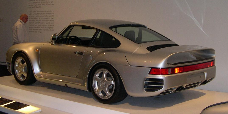 http://upload.wikimedia.org/wikipedia/commons/b/bc/Porsche_959_34_rear.jpg