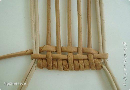 Кукольная жизнь Мастер-класс Плетение Стульчик Трубочки бумажные фото 6