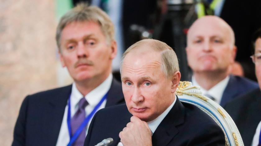 Песков ответил на обвинения Путина в отравлении Скрипалей