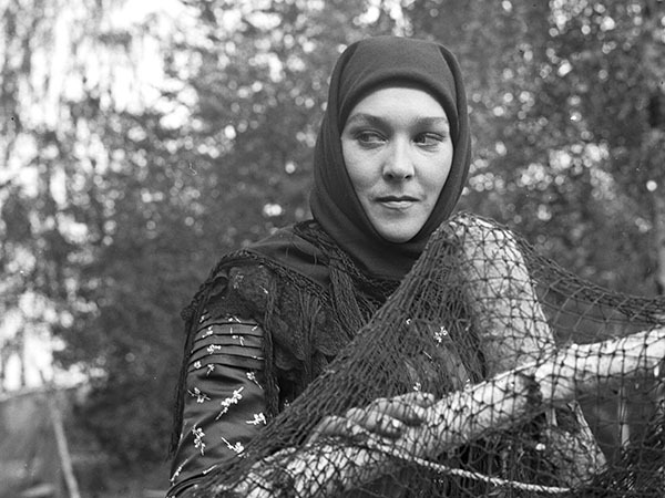 79-летнюю звезду фильма «Тени исчезают в полдень» Александру Завьялову убил сын накануне юбилея