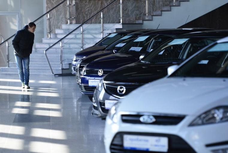 Более 12% новых автомобилей продают по схеме «трейд-ин»