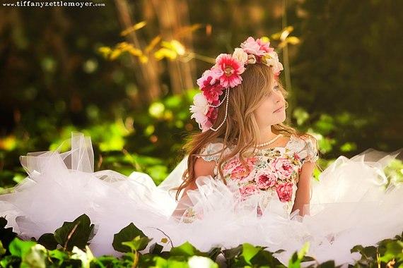 Маленькая фея цветов - красивые фотографии