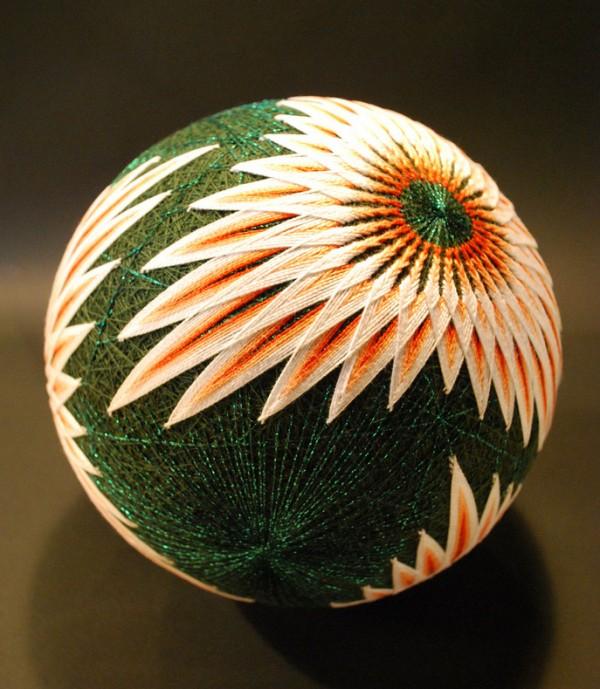 Японская вышивка шаров