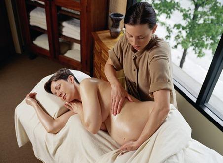 Нужен ли беременным салонный уход?