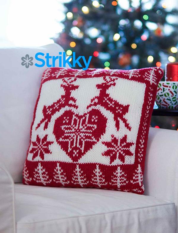 Подушка с норвежскими узорами «Новогодние олени» от Bernat
