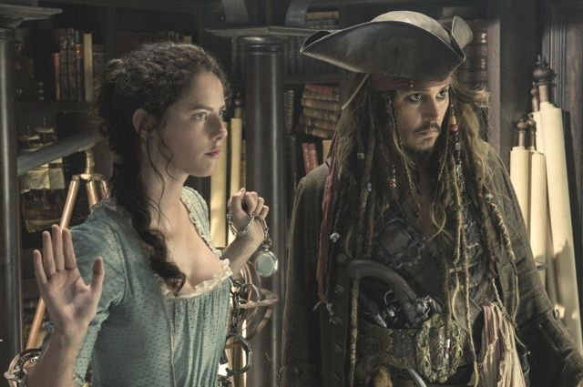 «Динамично, глупо, абсурдно». Зрители о новых «Пиратах Карибского моря»