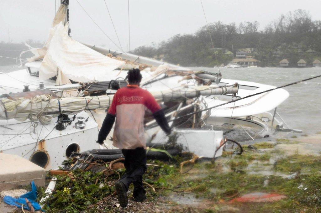 Циклон Пэм ударил по Вануату-9