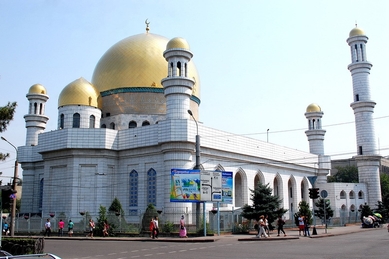 Столица Казахстана отмечает день рождения