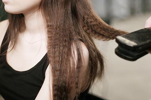 Как сделать гофре на волосах без плойки