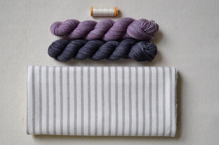 Как обвязать ткань пряжей (19)
