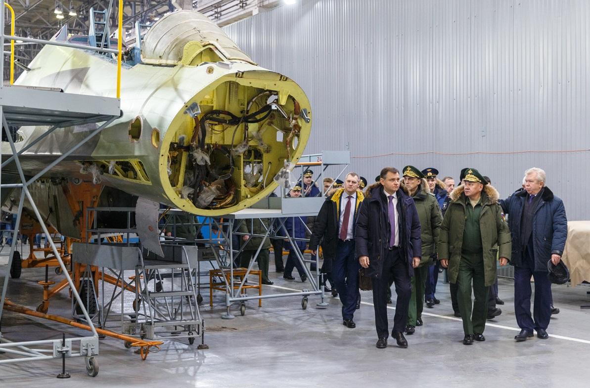 Еще о поездке Министра обороны России на авиационные заводы в Иркутске и Казани