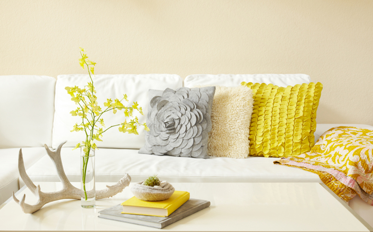 Покрывало на диване дизайн