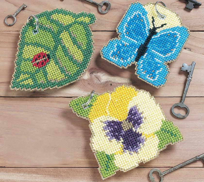 3 простых дизайна для вышивки крестом по пластиковой канве