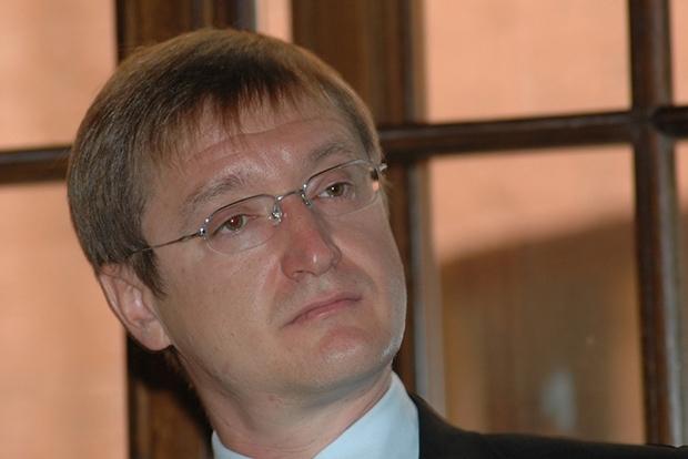 9. Олег Ткач