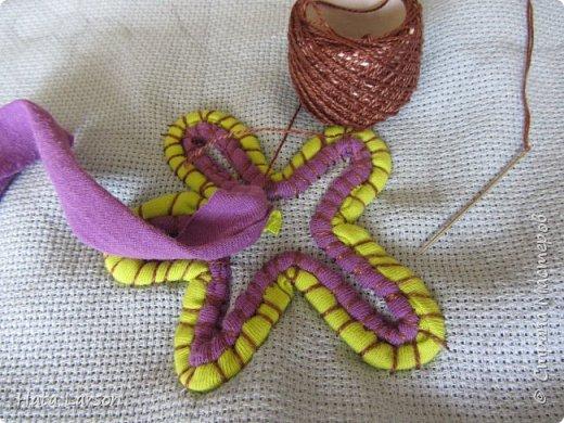 Мастер-класс Поделка изделие Вышивка Вышивание бу футболками Бисер Канва Нитки Ткань фото 9