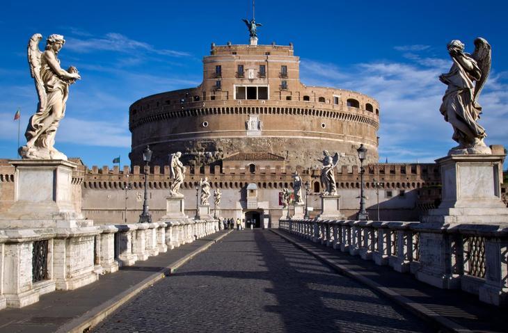10 самых красивых замков Италии