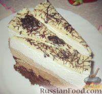 """Фото к рецепту: Торт """"Три шоколада"""""""