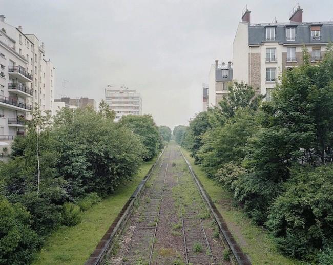 Заброшенная железная дорога в Париже заброшенное, природа, разрушение, цивилизация