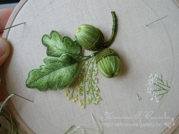 Семенова объемная вышивка