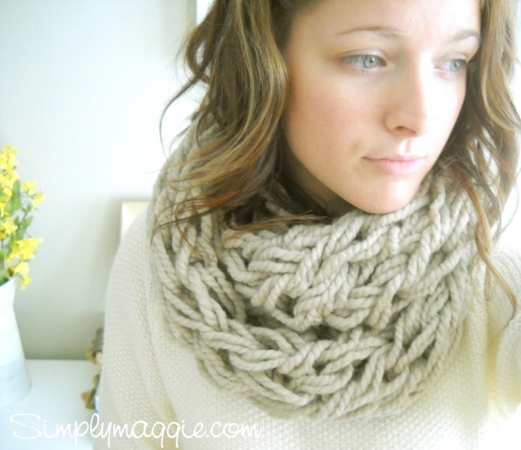 Вязаный шарф без спиц за 30 минут