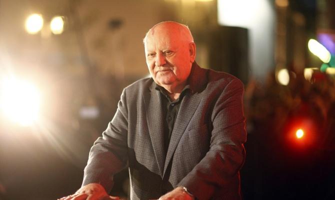 Машина Горбачева с мигалкой попала в ДТП на встречной полосе