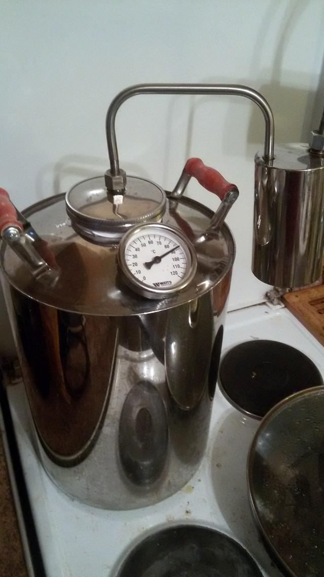 Обзор и отзывы на самогонный аппарат новичок с сухопарником – малобюджетный дистиллятор для начинающих винокуров.