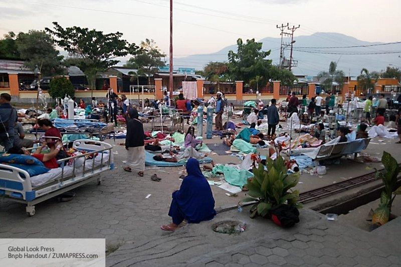 Кризис после цунами в Индоне…