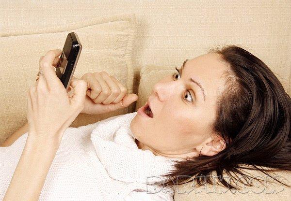 девушки с телефоном екб